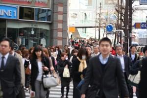 東京購屋-新宿人潮